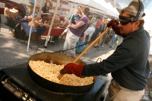 Dave Imbody prepares the kettle corn on site at the Glen Ellyn  farmer's market